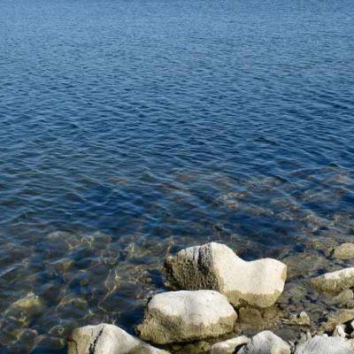 Wasser-Steine